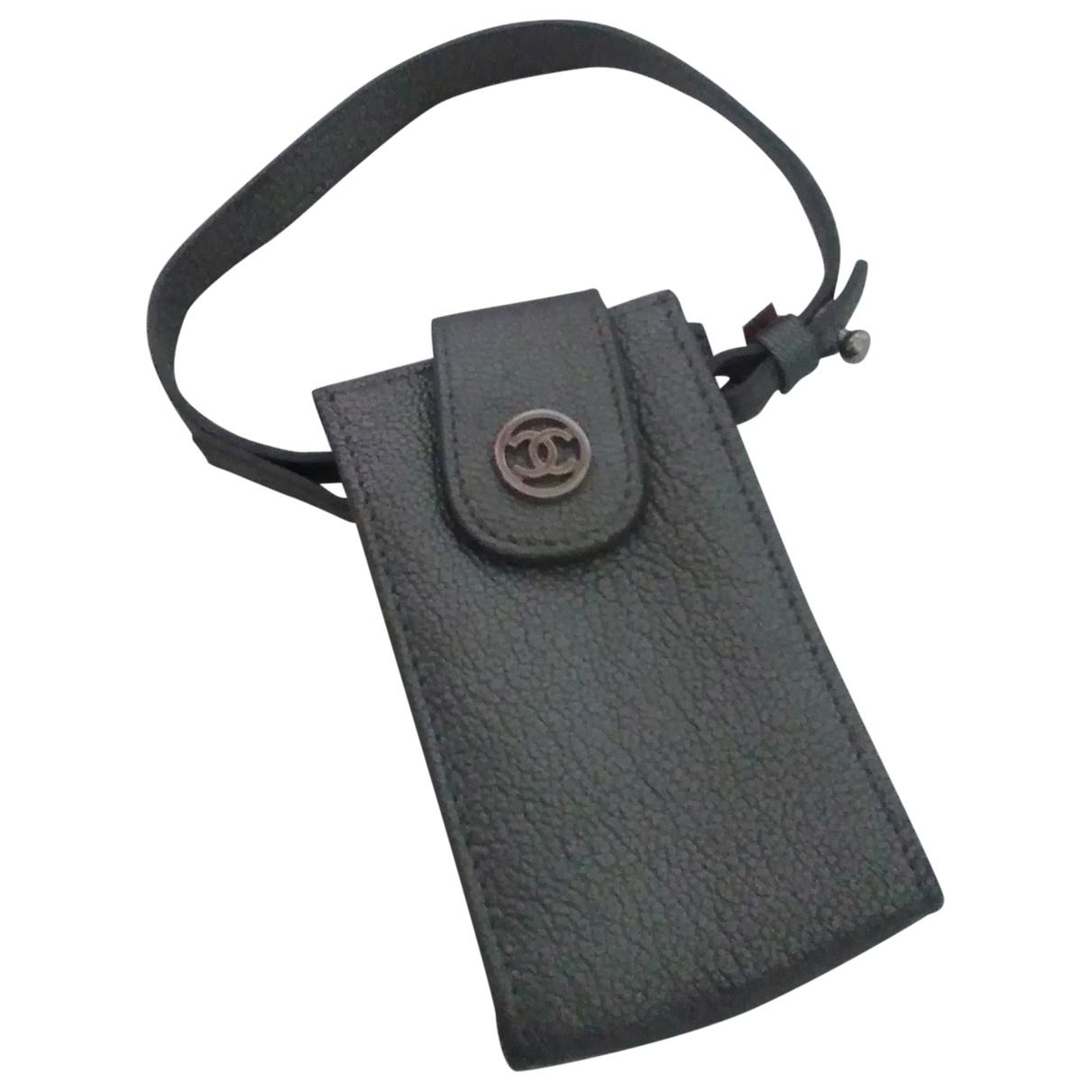 Chanel \N Grey Leather Clutch bag for Women \N