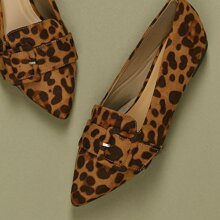 Flats mit Schnalle, spitzer Zehenpartie und Leopard Muster