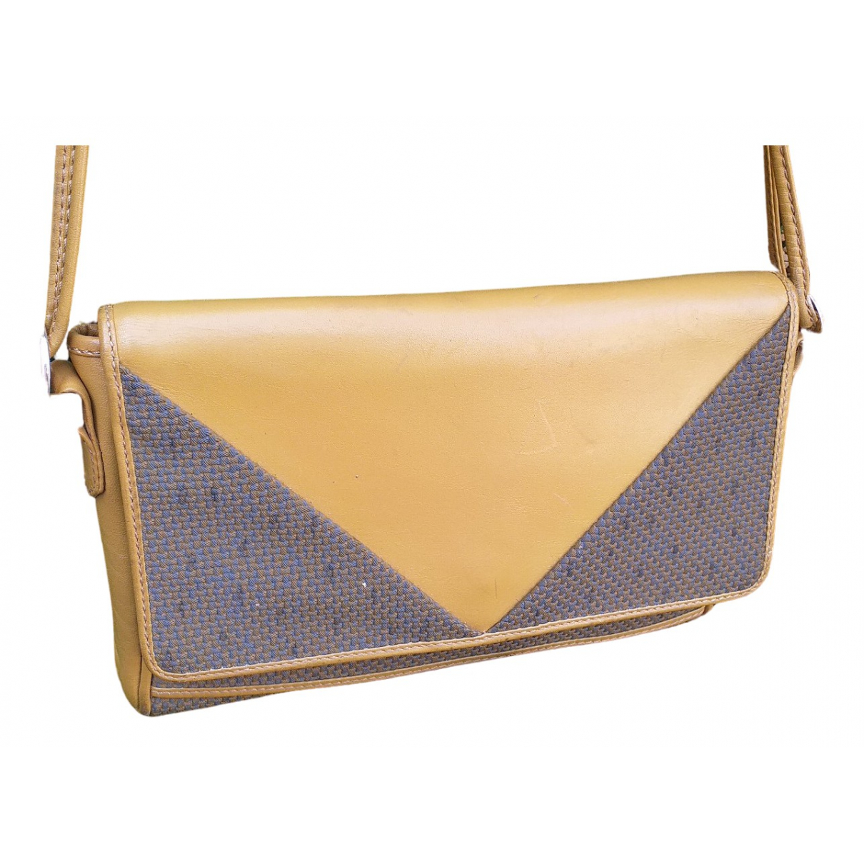 Yves Saint Laurent \N Leather handbag for Women \N