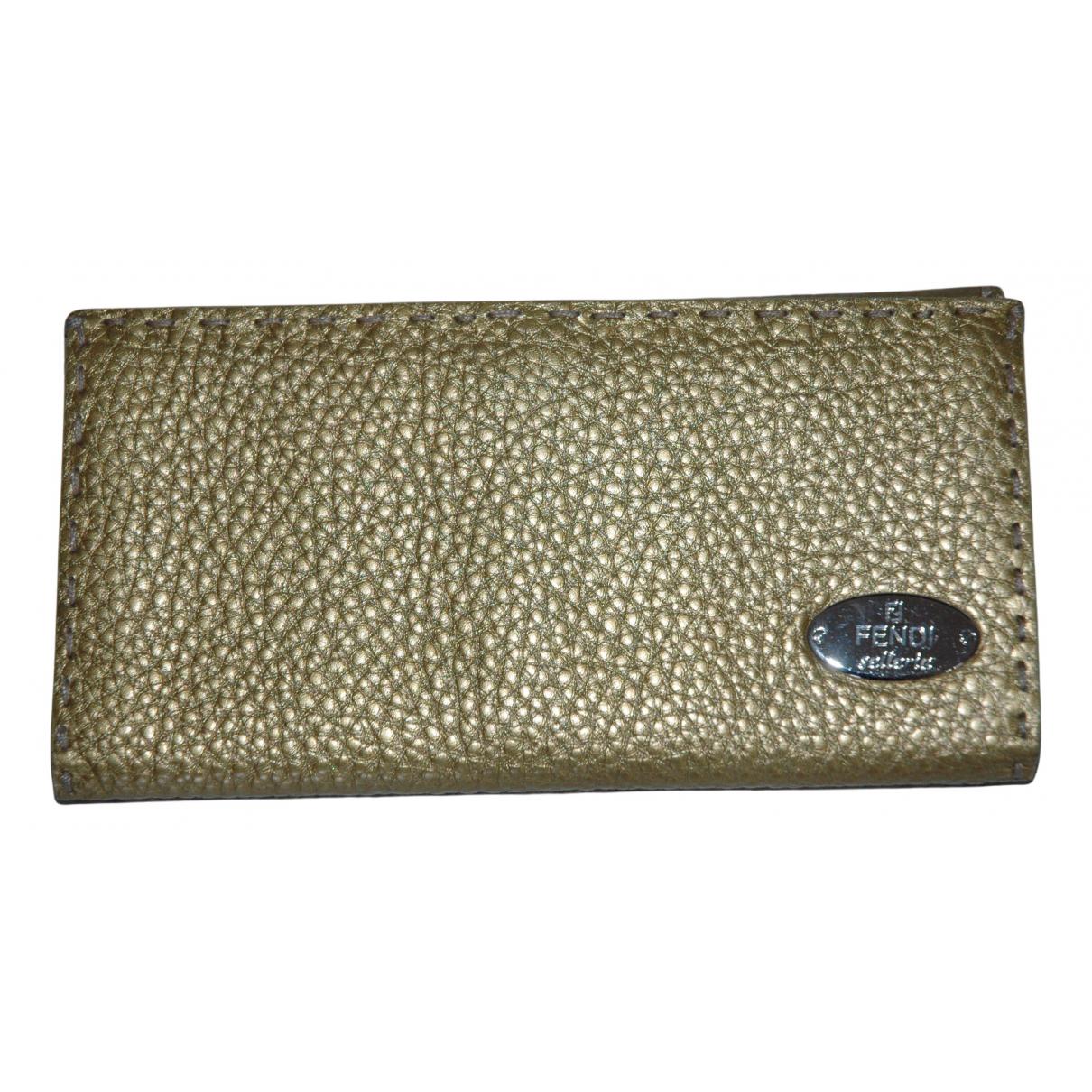 Fendi - Portefeuille   pour femme en cuir - dore