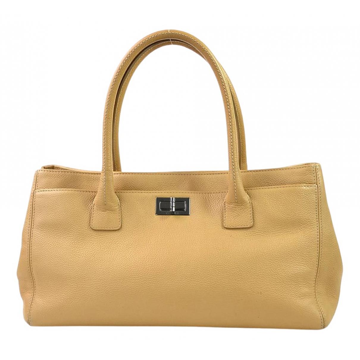 Chanel - Sac a main Executive pour femme en cuir - beige