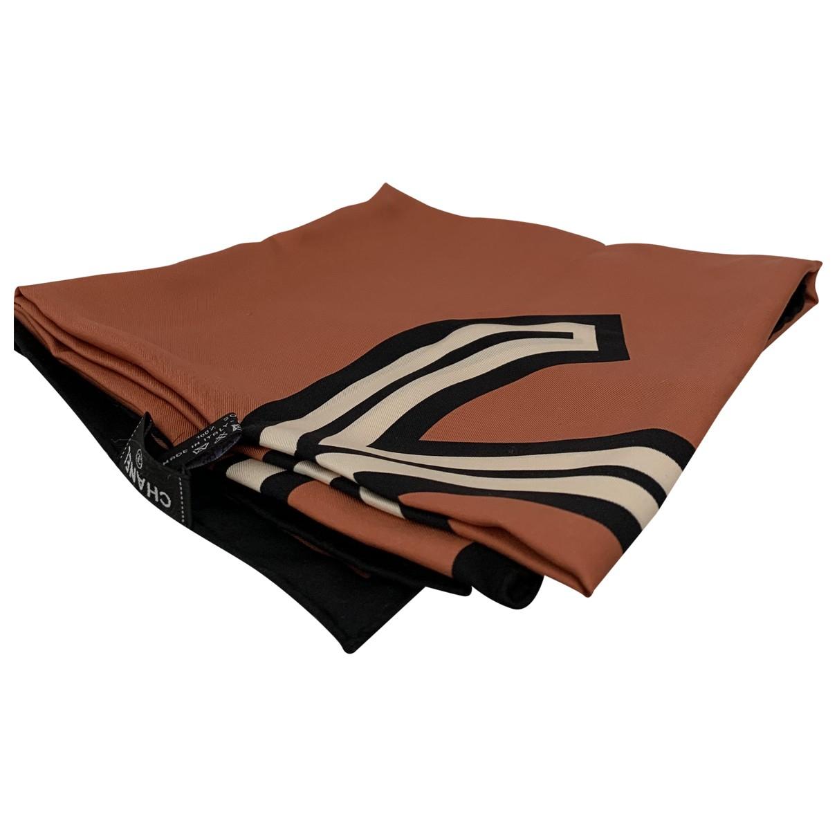 Chanel - Foulard   pour femme en soie - camel