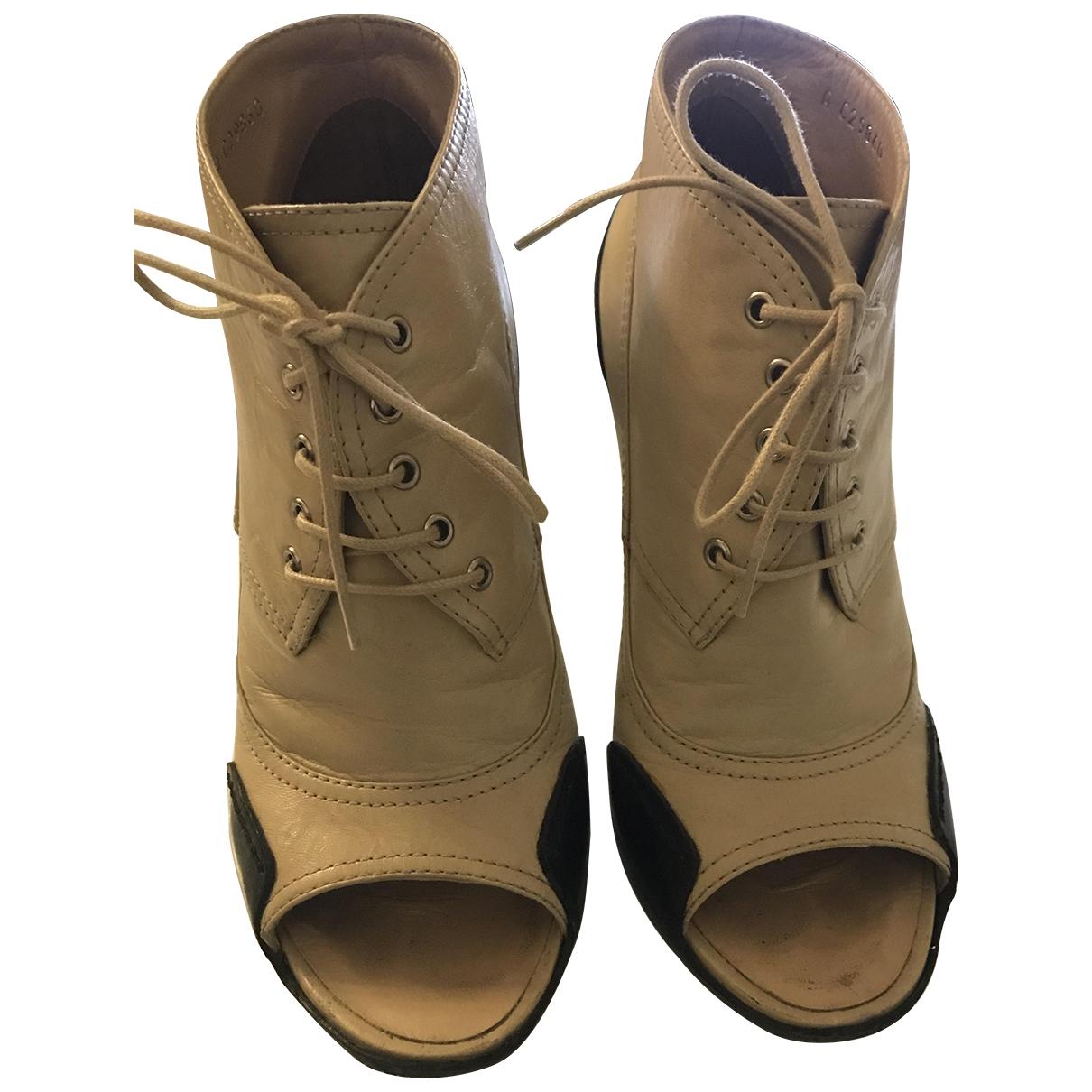 Chanel - Boots   pour femme en cuir - camel