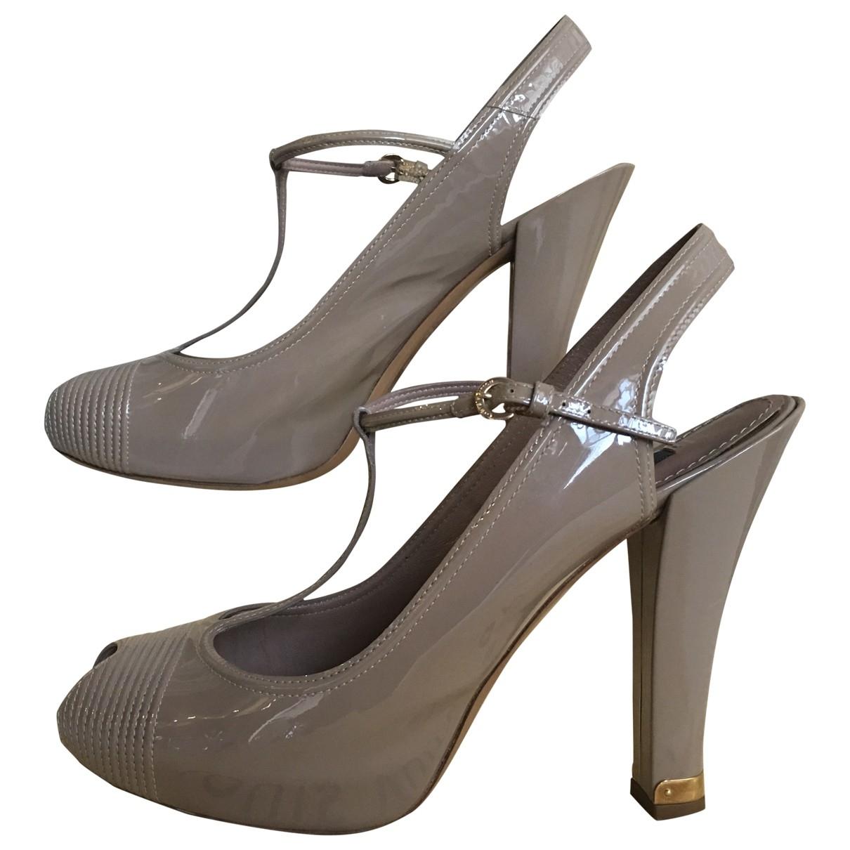 Louis Vuitton - Escarpins   pour femme en cuir verni - gris