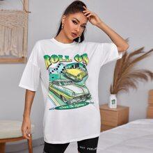 Camiseta con estampado de slogan y coche de hombros caidos