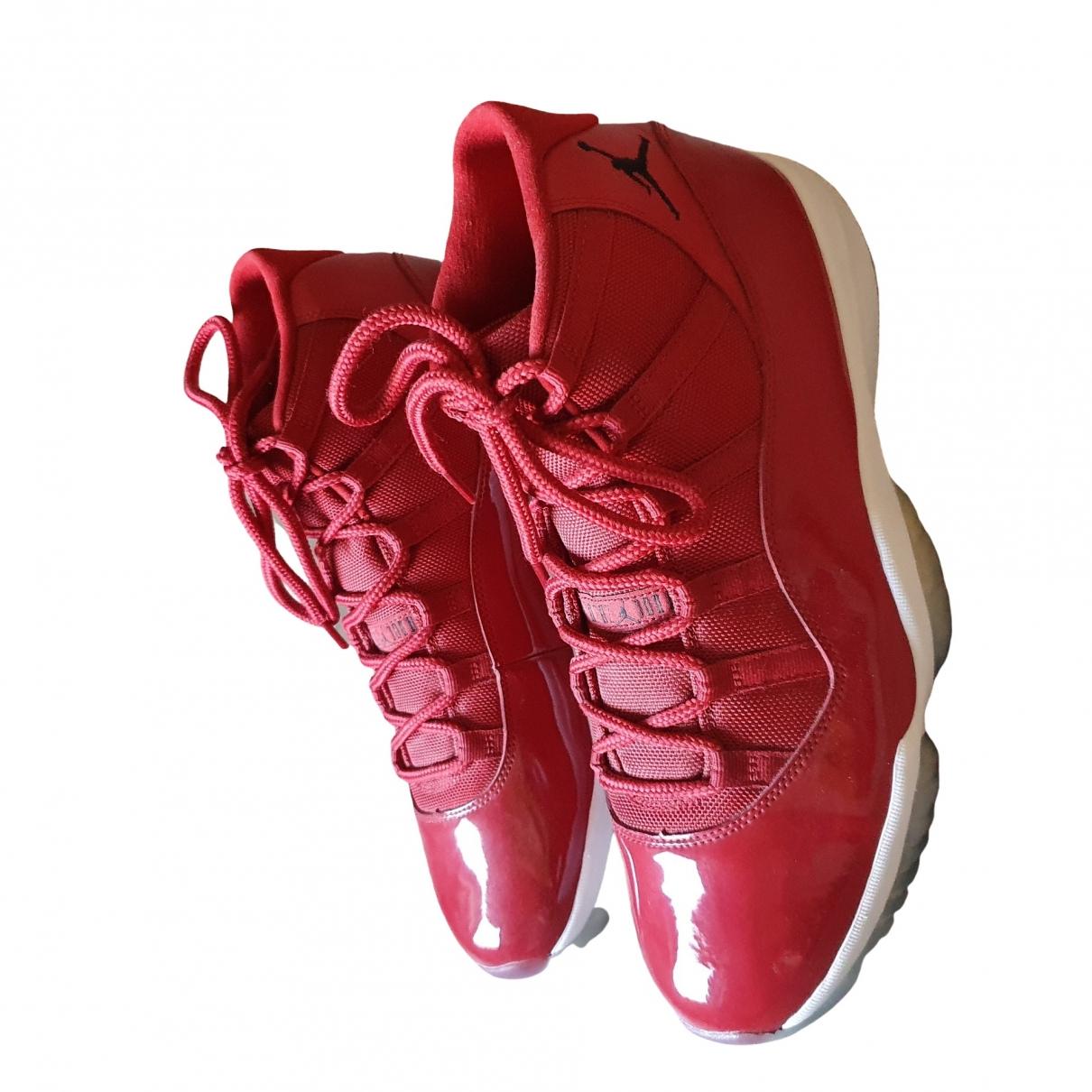 Jordan - Baskets Air Jordan 11 pour homme en cuir verni - rouge