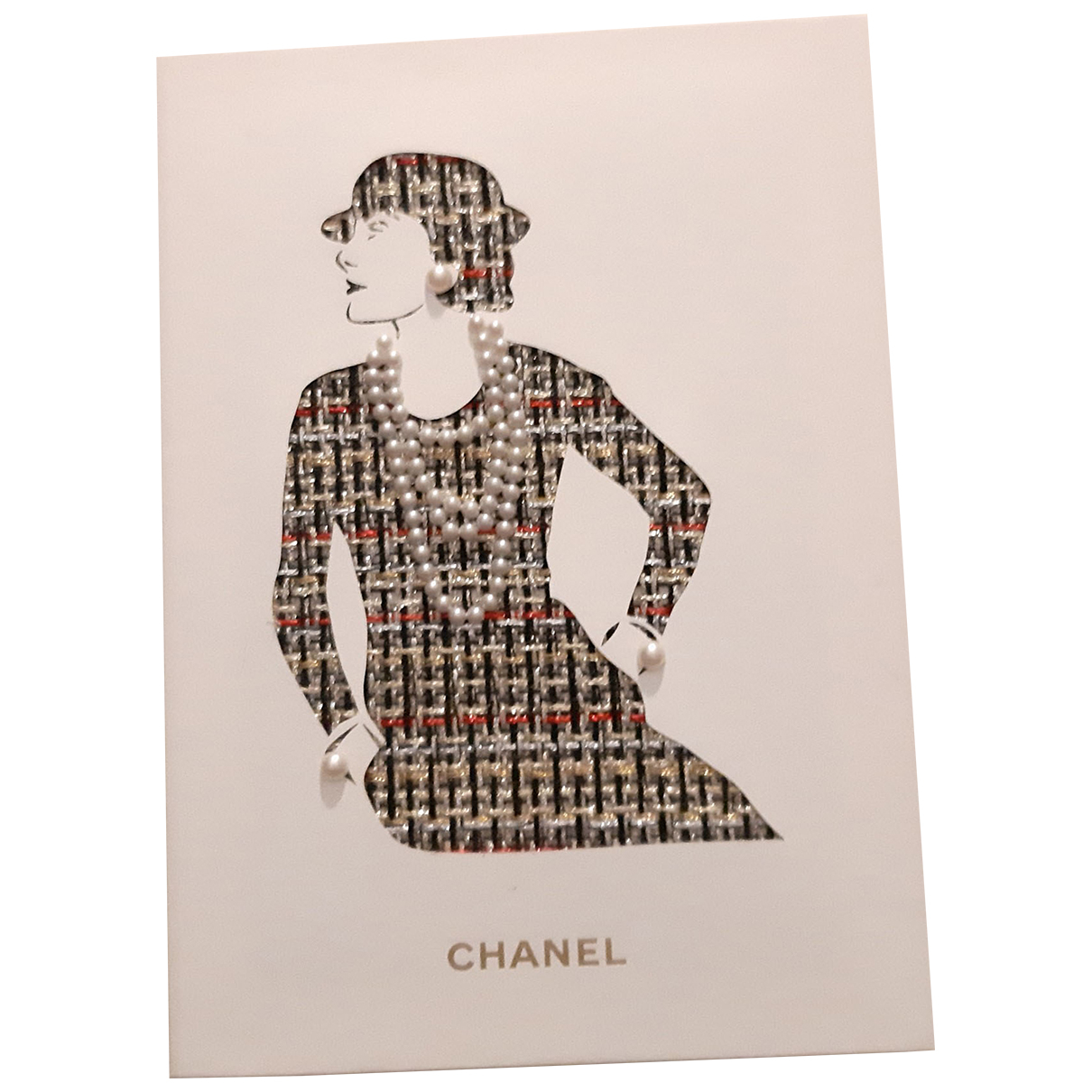 Objeto de decoracion Chanel