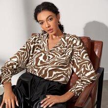 Bluse mit einreihiger Knopfleiste und Tiger Streifen