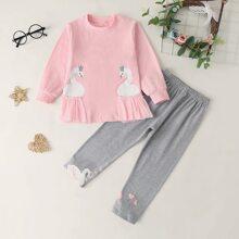 Camiseta de niñitas con estampado de cisne panel con malla con leggings