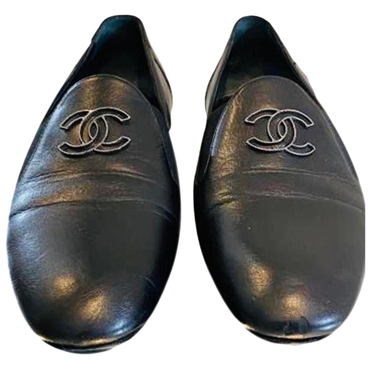 Chanel \N Black Leather Flats for Women 38.5 EU