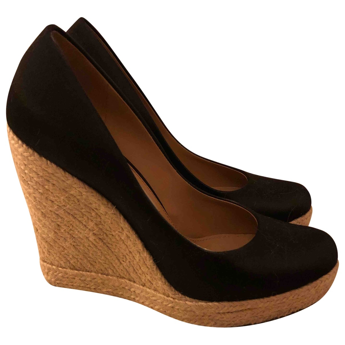 Salvatore Ferragamo \N Black Cloth Heels for Women 37 EU