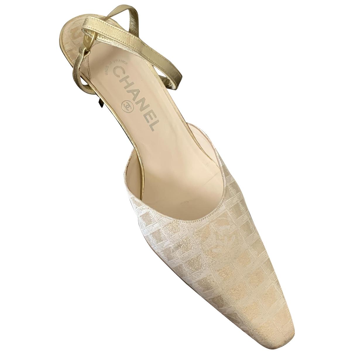 Chanel - Sandales   pour femme en toile - dore