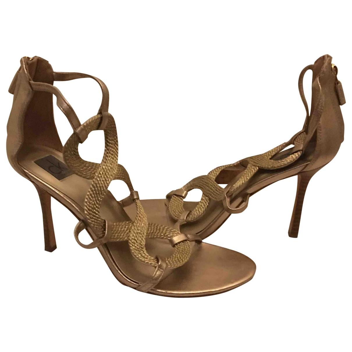 Sandalias de Cuero Calvin Klein