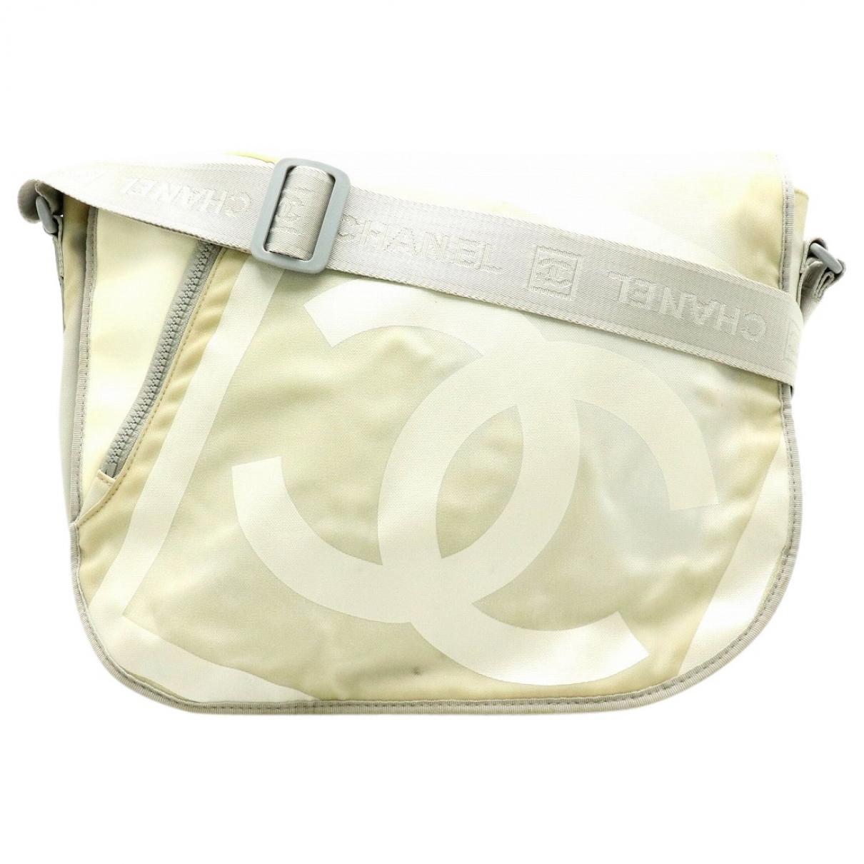 Chanel \N Handtasche in  Grau Leinen