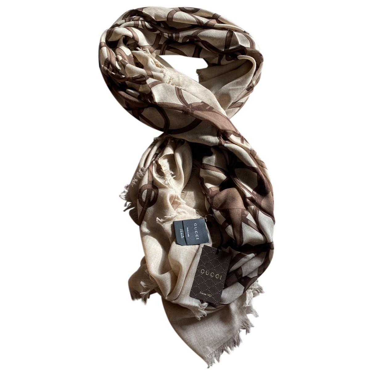 Pañuelo de Lana Gucci