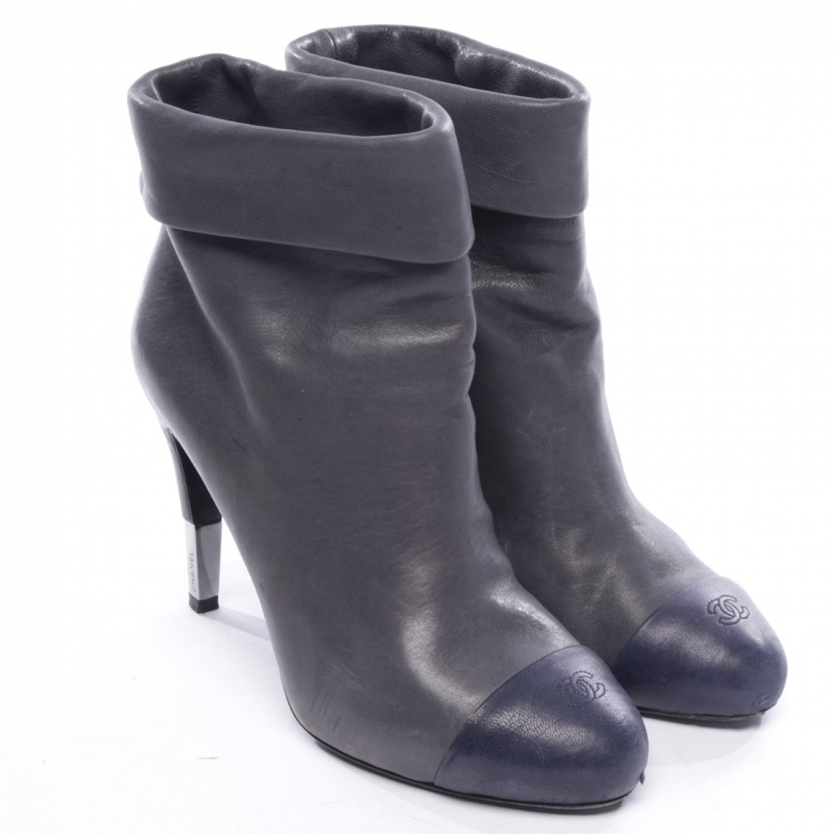Chanel \N Grey Leather Ankle boots for Women 40 EU