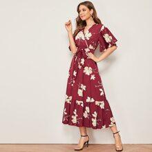 Kleid mit Blumen Muster, V Ausschnitt vorn, Guertel und Schosschensaum