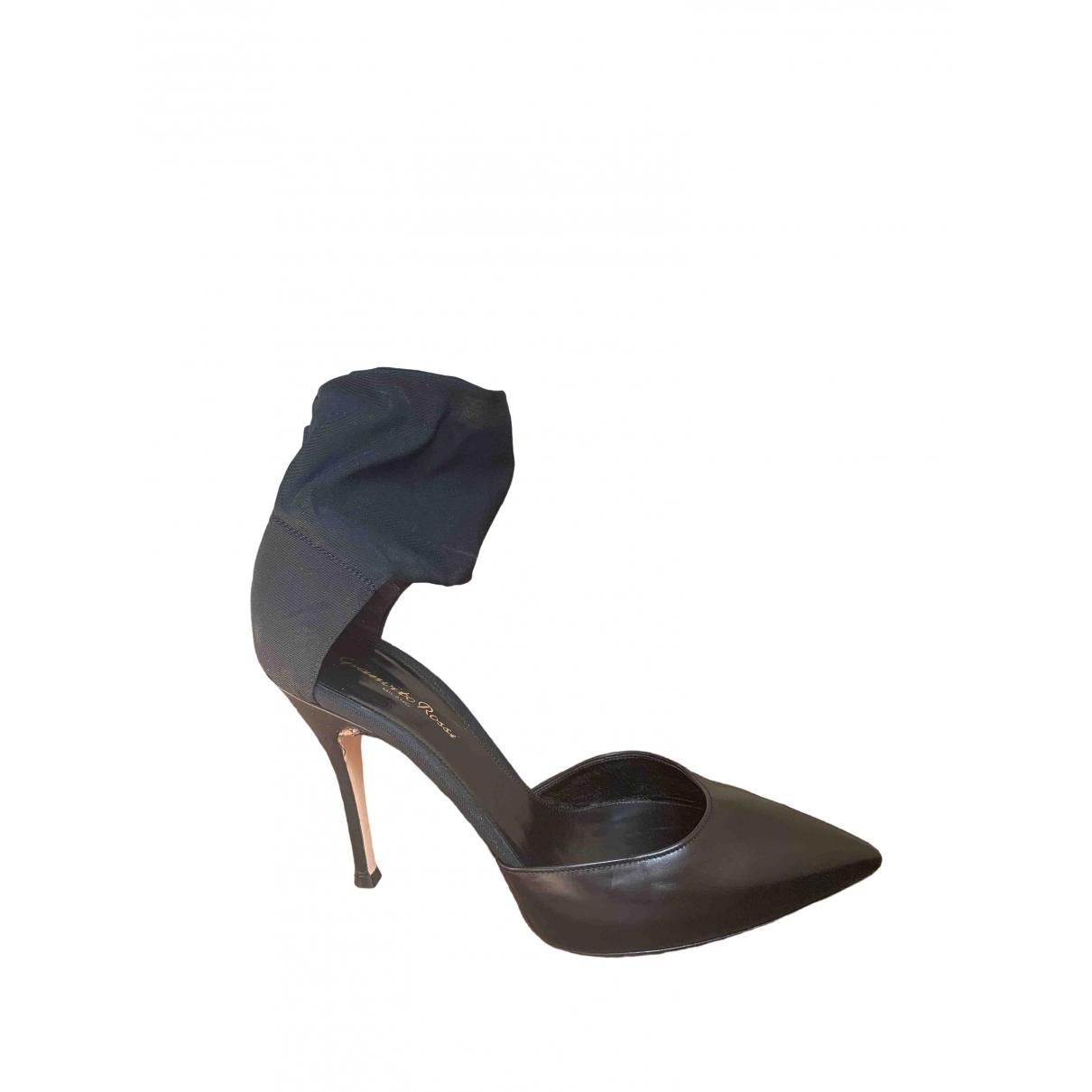 Gianvito Rossi \N Black Leather Heels for Women 39 EU