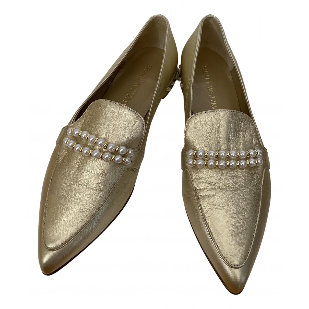 Stuart Weitzman \N Mokassins in  Gold Leder
