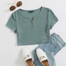 Buttoned Rib Knit Crop Tee