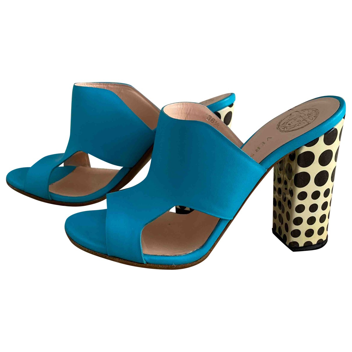 Versace \N Turquoise Leather Sandals for Women 36.5 IT