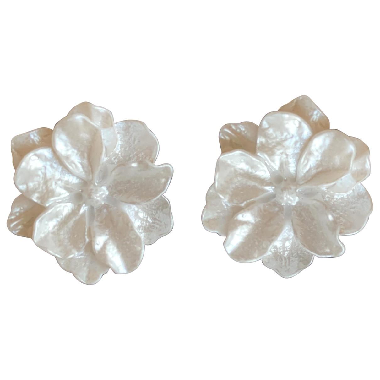 - Boucles doreilles Motifs Floraux pour femme - blanc