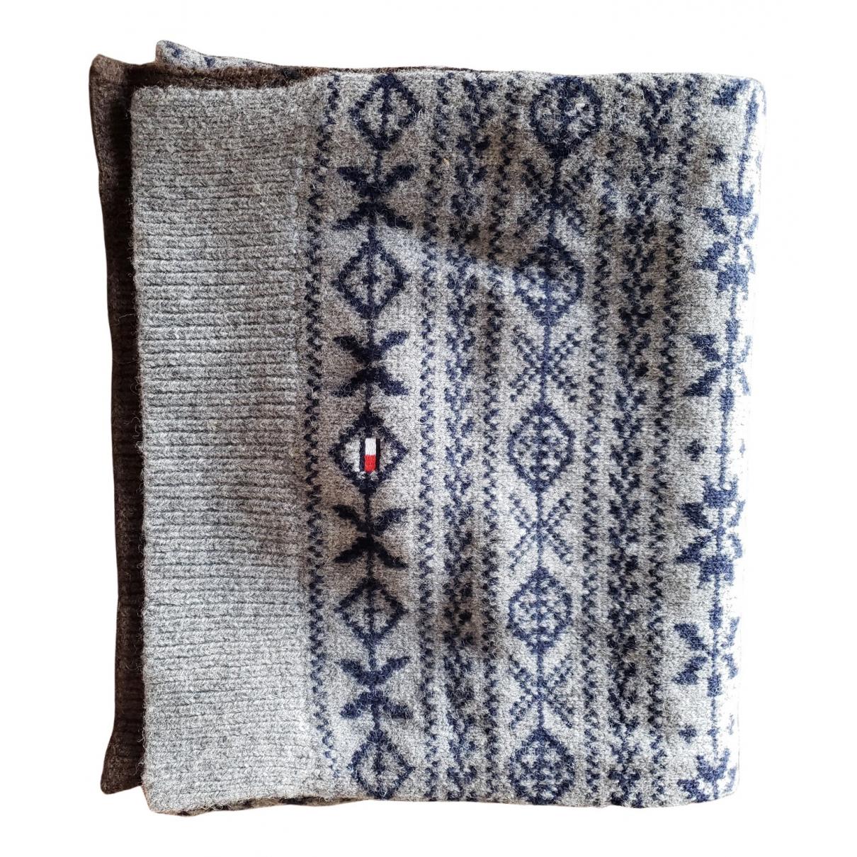 Tommy Hilfiger N Grey Wool scarf & pocket squares for Men N