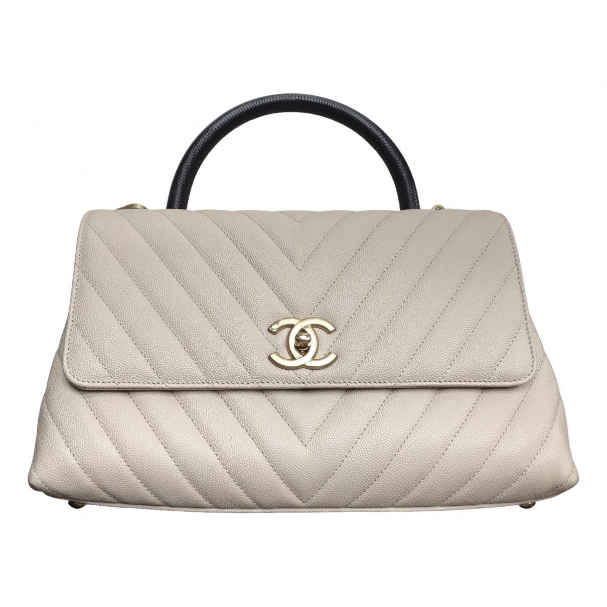 Chanel Coco Handle Handtasche in  Beige Leder