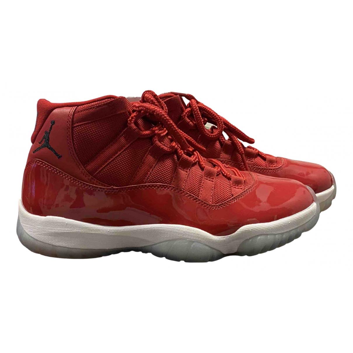 Jordan - Baskets Air Jordan 11 pour femme en cuir verni - rouge