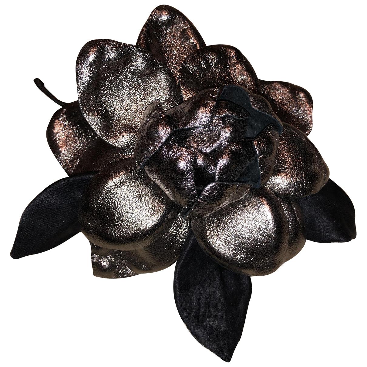 Dolce & Gabbana \N Silver Metal Pins & brooches for Women \N