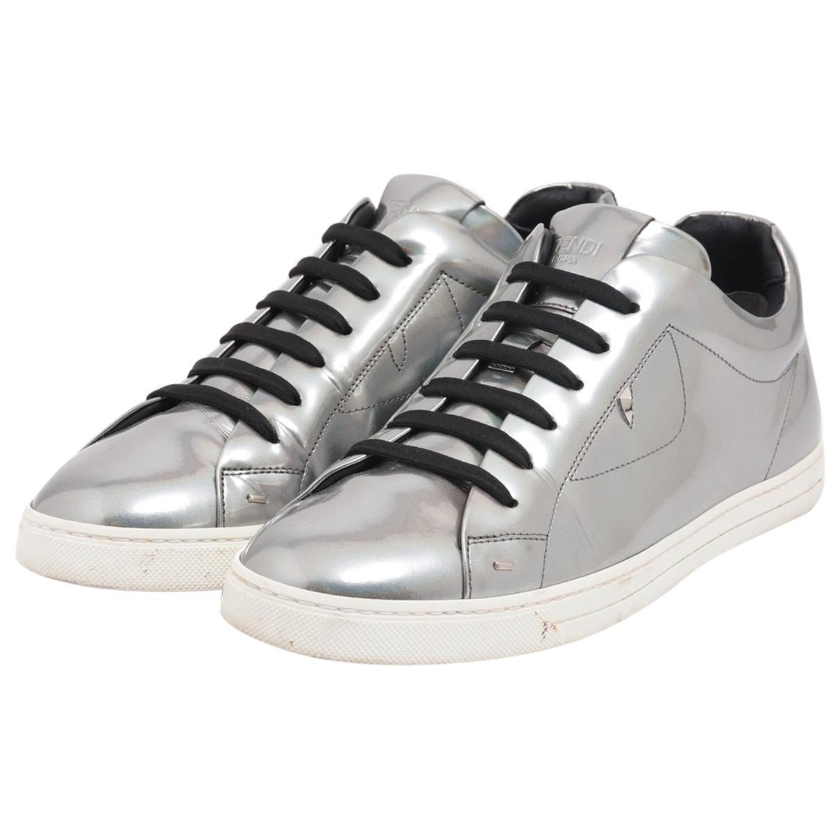 Fendi \N Sneakers in  Silber Lackleder