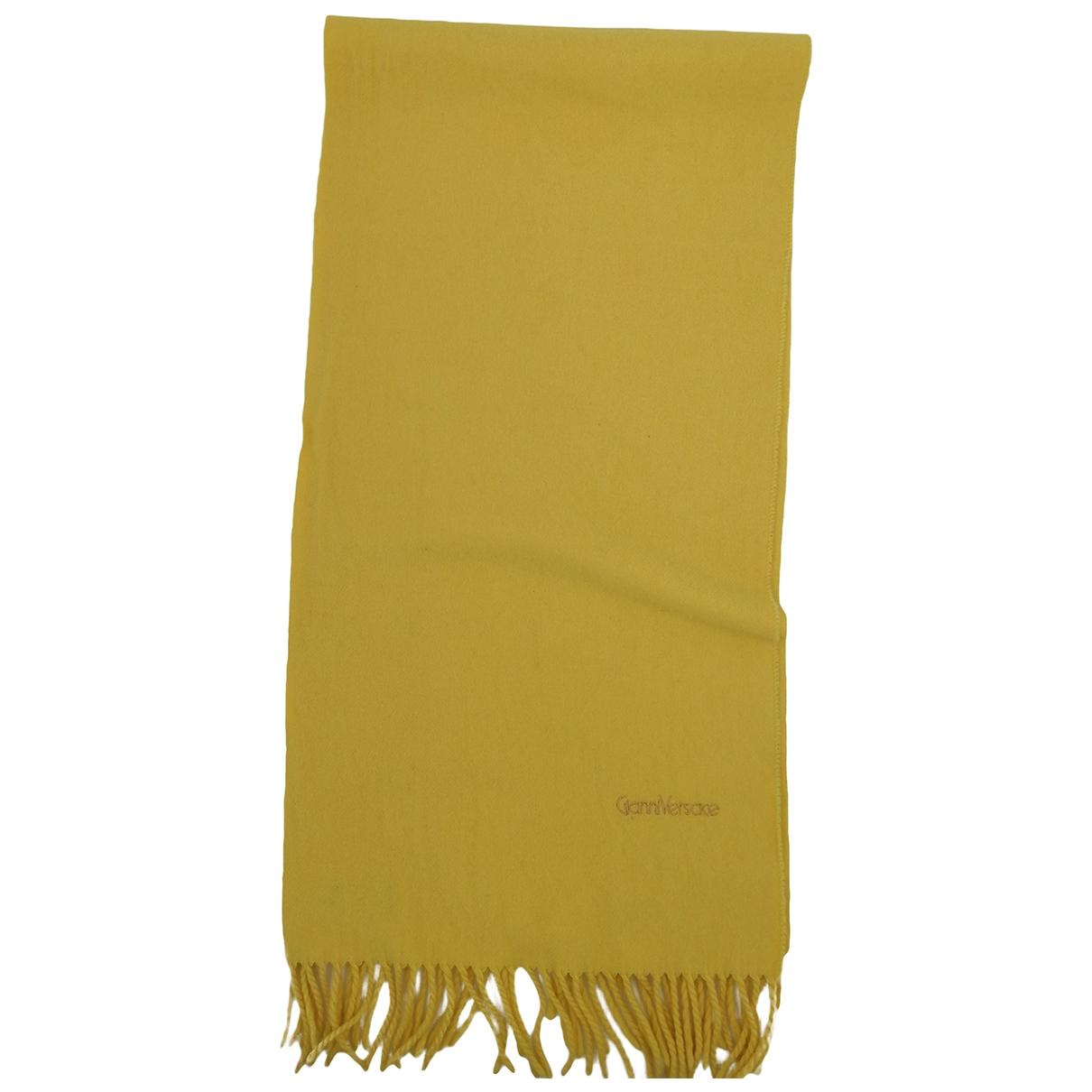 Gianni Versace \N Tuecher, Schal in  Gelb Wolle