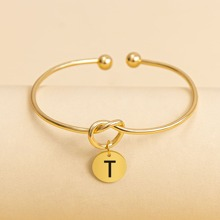 Armband mit rundem Anhaenger