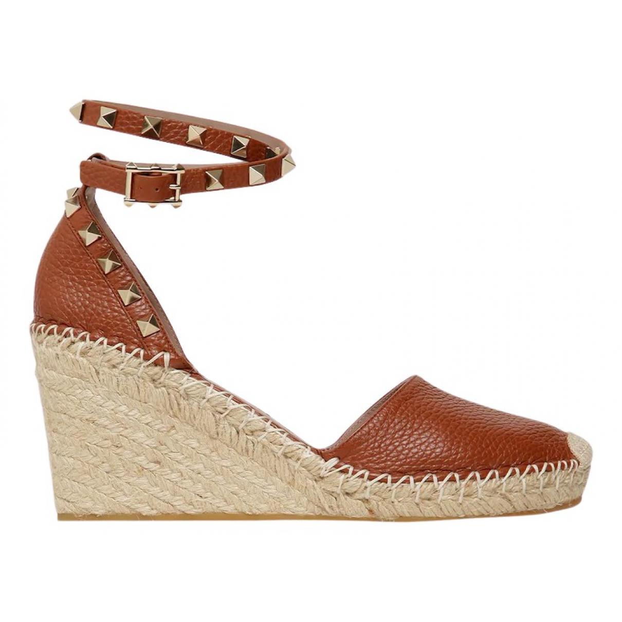 Valentino Garavani \N Brown Leather Sandals for Women 35 EU