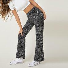 Hose mit Gaensebluemchen Muster und ausgestelltem Beinschnitt