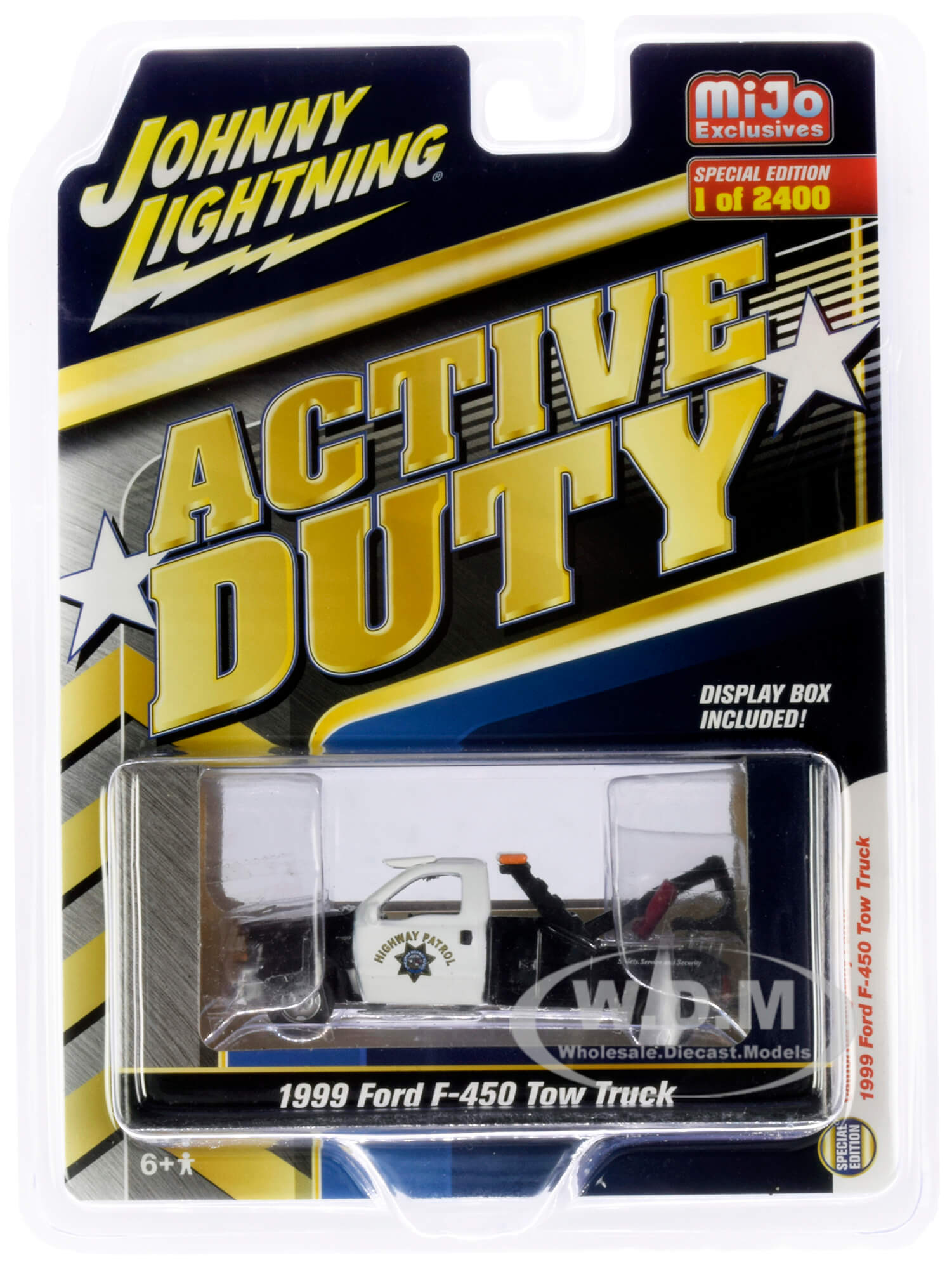 1999 Ford F-450 Police Tow Truck Black and White CHP (California Highway Patrol) Active Duty Limited Edition to 2400 pieces Worldwide 1/64 Diecas