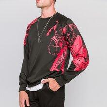 Men Chinese New Year Doll Print Sweatshirt