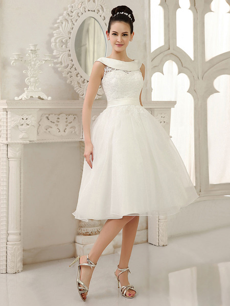 Milanoo Ivory Knee-Length Wedding Dress Cut-Out Sash Lace Wedding Gown