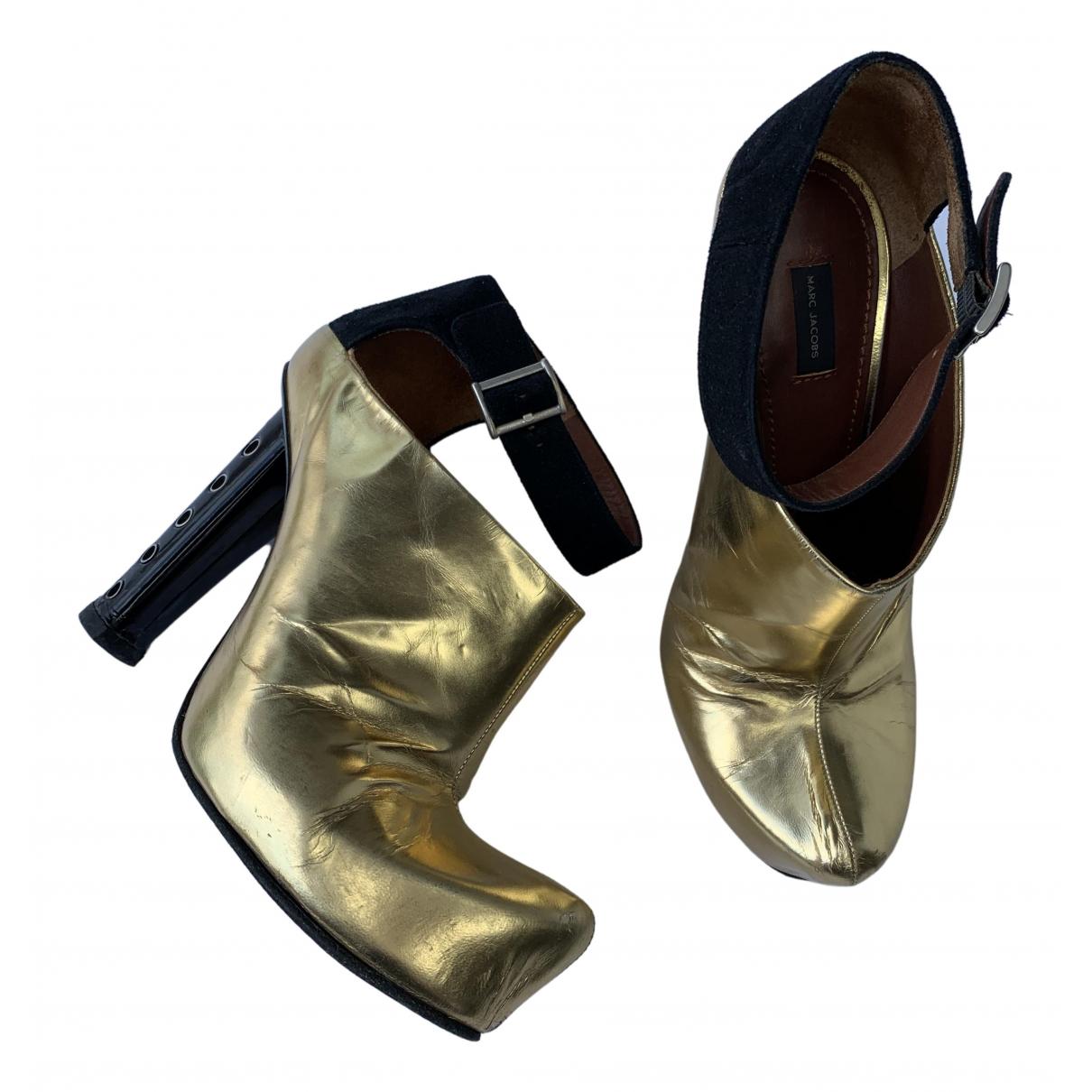 Marc Jacobs \N Pumps in  Gold Leder