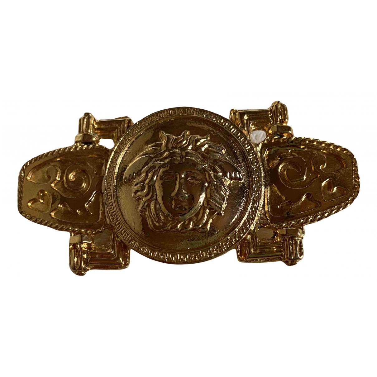 Gianni Versace \N Brosche in  Gold Metall