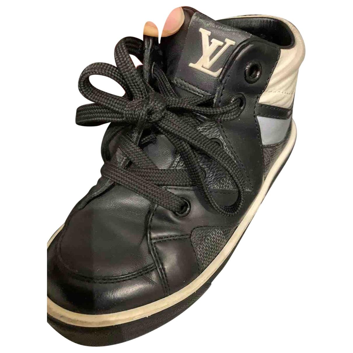 Louis Vuitton - Baskets   pour enfant en cuir - noir