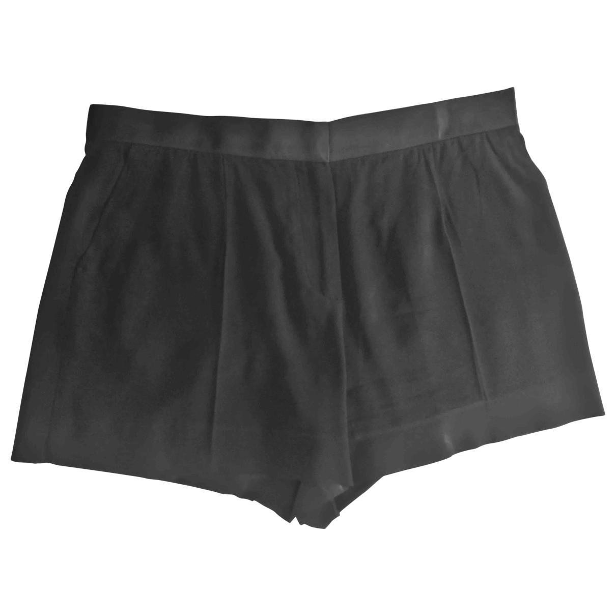 Celine \N Black Shorts for Women 40 FR