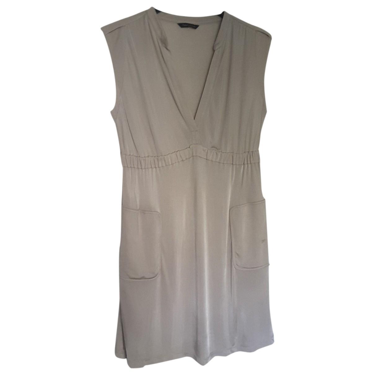 Tara Jarmon \N Kleid in  Beige Viskose