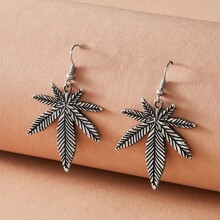 1pair Maple Leaf Design Charm Drop Earrings