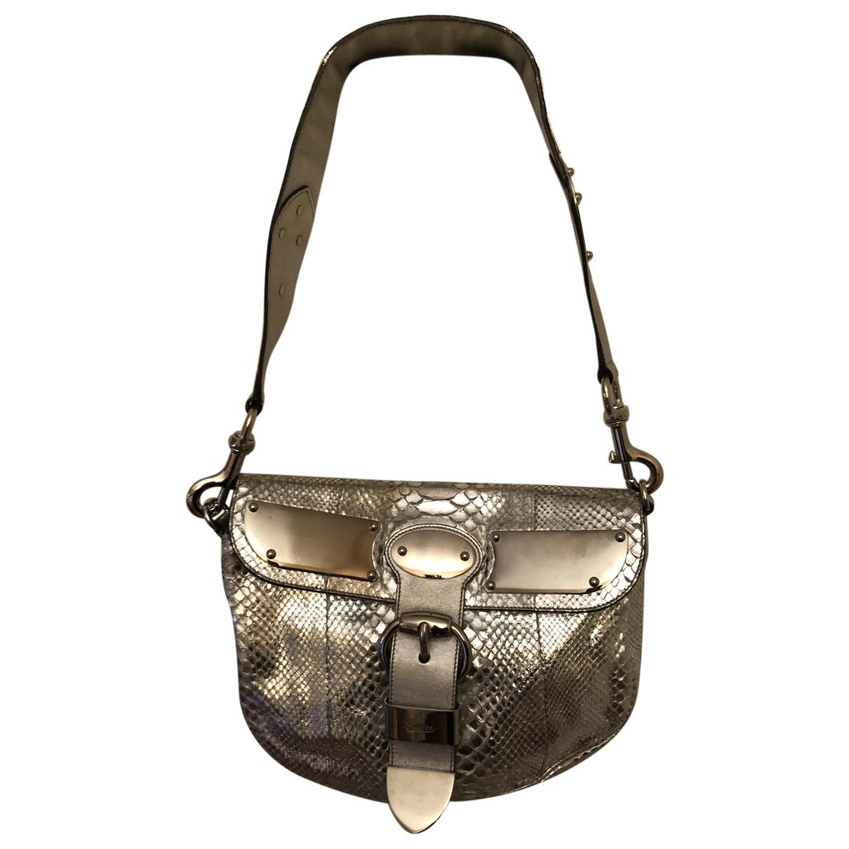 Gucci \N Handtasche in  Silber Python