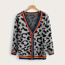 Cardigan de leopardo ribete de rayas con boton
