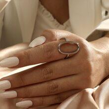 Ring mit Oval Design