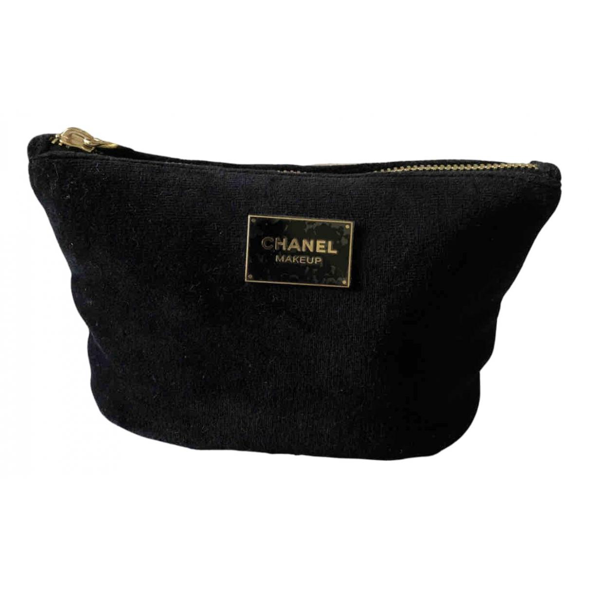 Pochette de Terciopelo Chanel