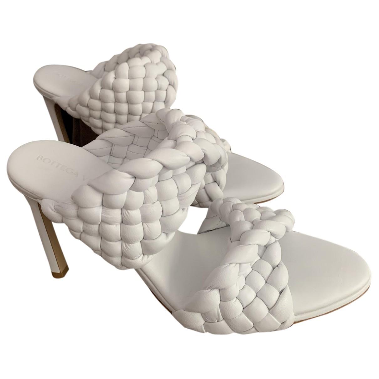 Bottega Veneta - Sandales Bloc pour femme en cuir - blanc