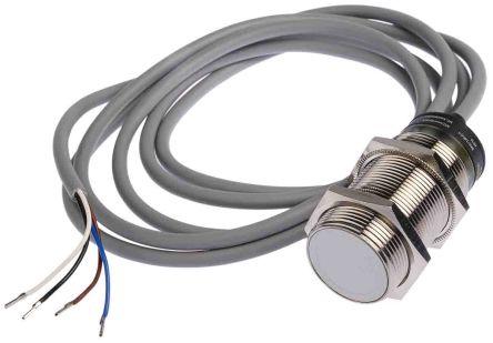 RS PRO 62mm Flush Mount Capacitive sensor, Output, 10 mm Detection Range, IP67